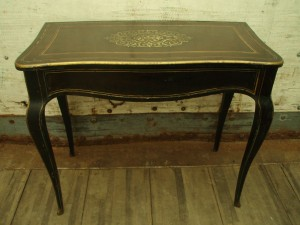 boulle table in container